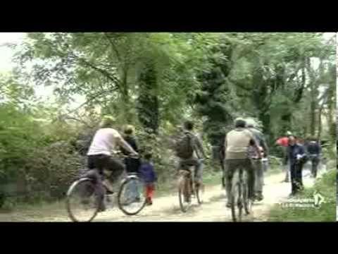 ▶ I parchi intorno a Milano! - YouTube #faivialattea #natura #milano settembre 2013 #cascine #bicicletta