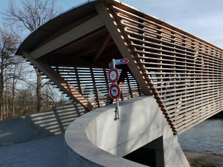 Na kole: Kryté mosty přes řeku Emme - Naše švýcarské zážitky