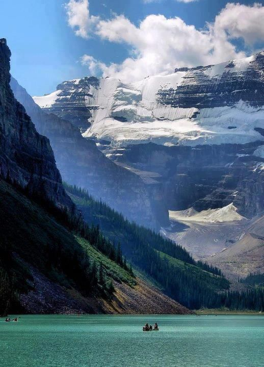 30 Places that will Leave you Breathless -  Lake Louise – Alberta, Canada