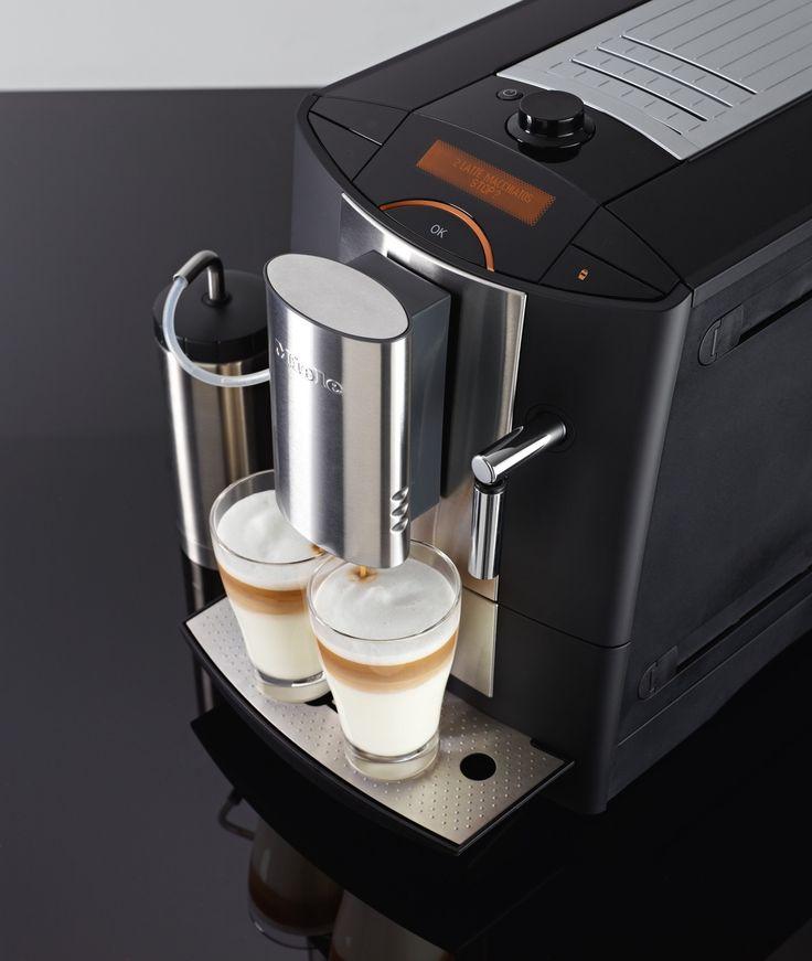 Miele vrijstaande koffieapparaat CM 5200
