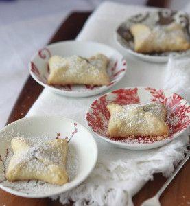 Christmas Kiss Pies - Just 2 main ingredients!