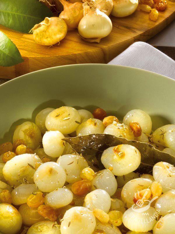 Borettane onions and sour - Cipolline borettane in agrodolce: prendono il nome da Boretto, un comune in provincia di Reggio Emilia, in cui venivano coltivate fin dal Quattrocento. #cipollineborrettane