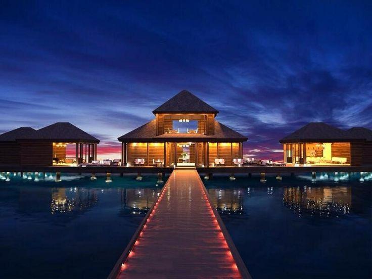 What the hotel resort in Bora Bora looks like