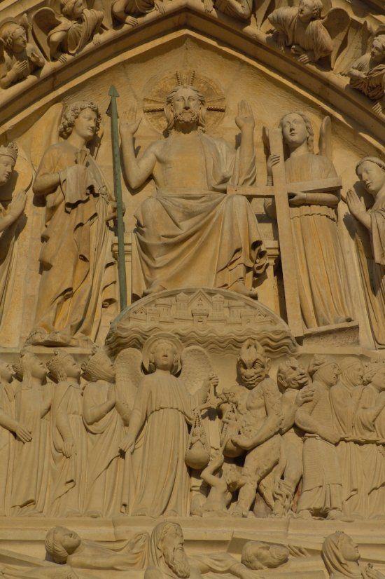 Notre-Dame de Paris Le Christ trônant au Jour du Jugement Dernier