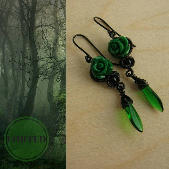 LIMITED gothic earring. Available until 31th of October.