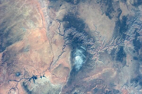 """The magnificent desolation of the Grand Canyon. La magnifica desolazione del Grand Canyon"" (1/2), Astronaut Luca Parmitano. North is ib the bottom of the picture."