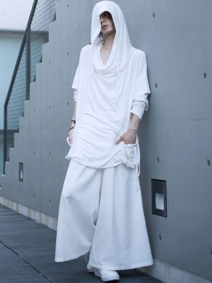 オールホワイト albino:ドレープポケット付きフェイクレイヤードビッグパーカー albino:ツイストネックワイドロングタンクトップ albino:タックデザイン2ボタンスカートパンツ albino select:サイドZIPエナメルハイカットスニーカー albino:アックユランリング SV925 albino:新作ブレスレット AQA:しずくネックレス K18 albino select:デルタデザ...