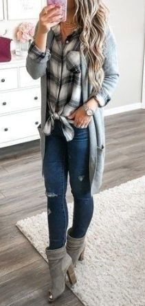 19 Lovely Fall Outfits for Women 2019
