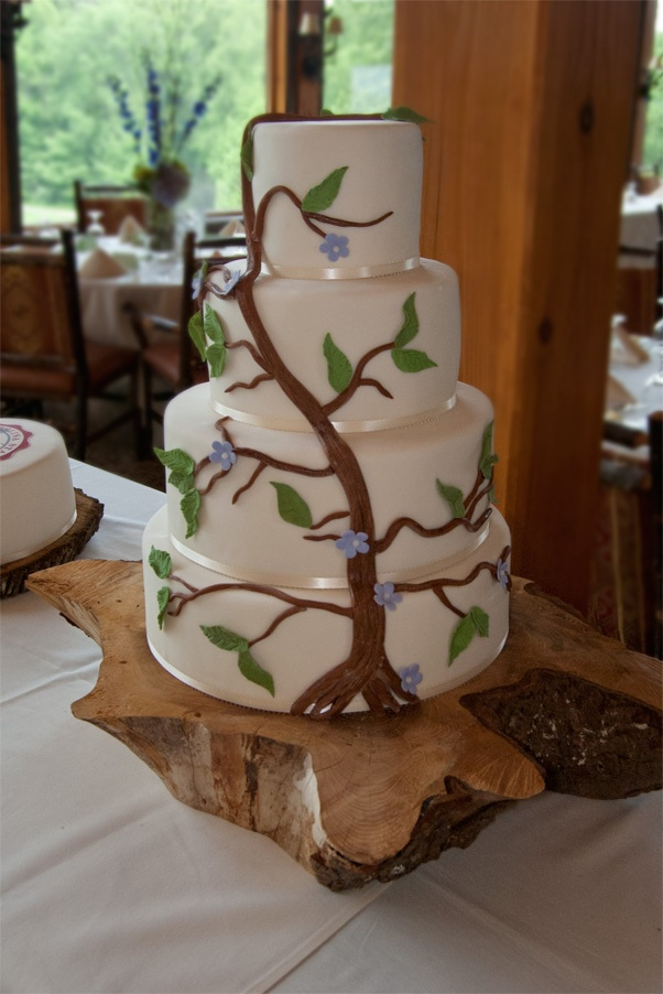 Tree And Vine Wedding Cake