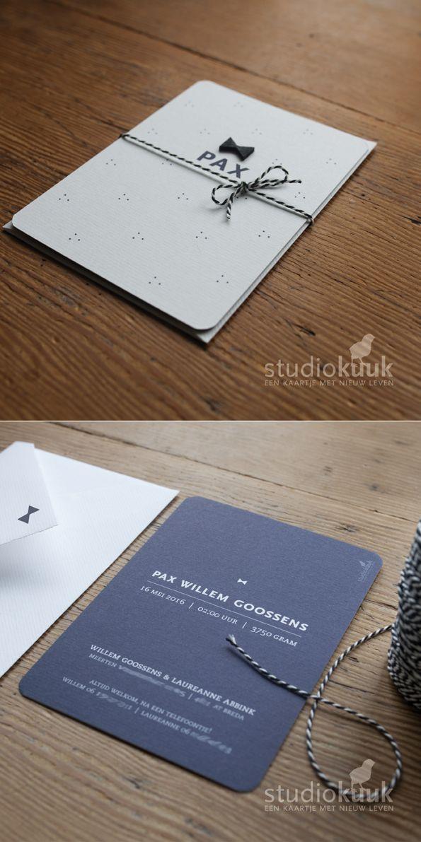 Stoer geboortekaartje met houten strik_strik zwart_vlinderdas_geboortekaartje…