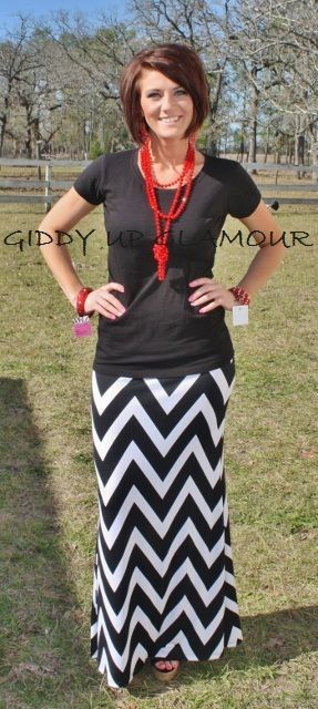 Adorable chevron maxi skirt and t-shirt