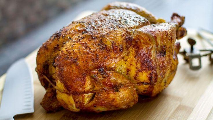 Pollo alla griglia. Come preparare il pollo alla brace perfetto http://winedharma.com/it/dharmag/marzo-2015/pollo-alla-griglia-la-ricetta-perfetta-il-vostro-barbecue