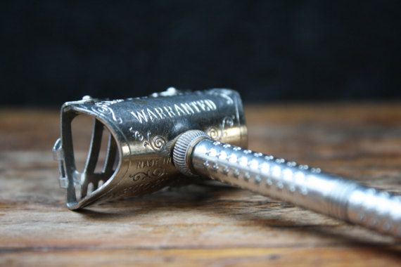 antiek zeldzaam safety scheermes, Amerikaans model, safety rasoir, safety razor, Germany, 1900.