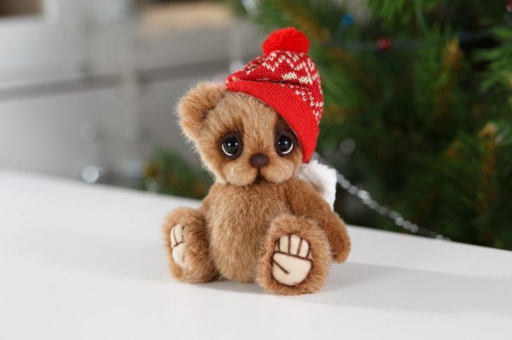 Artist collectible Teddy bear Pilky (OOAK) by TEDDYROOM on Etsy