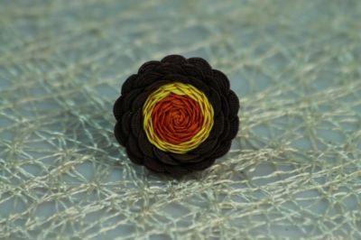 Viacfarebný kvetinkový prsteň