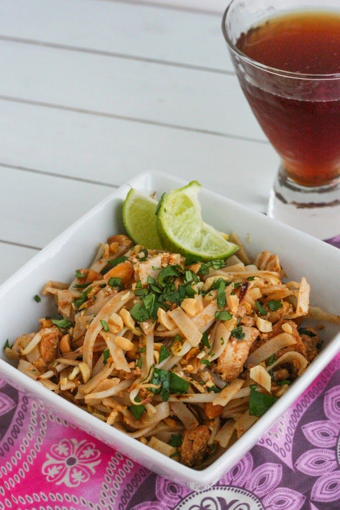 Looking for easy & delicious? I've got you covered with this Super Easy Pad Thai #recipe