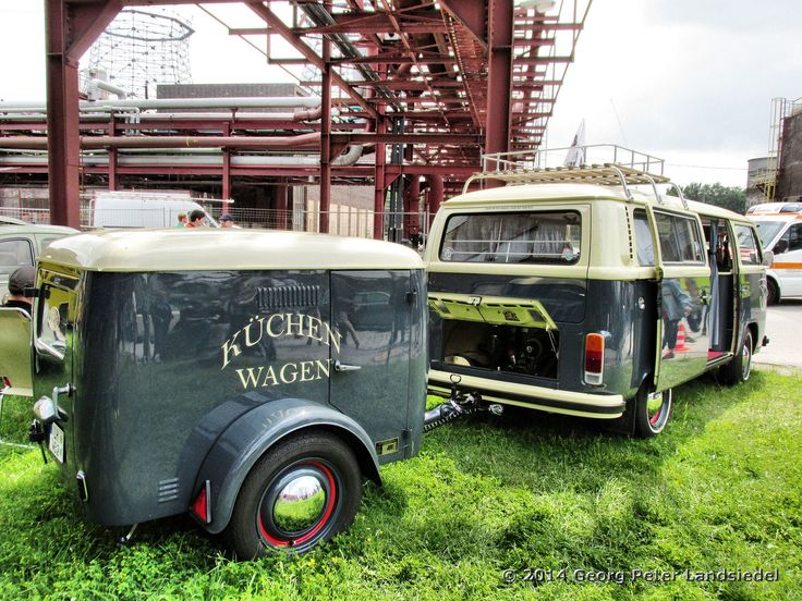 https://flic.kr/p/nNJzAD | VW T 2 Bus - Essen Zeche Zollverein_1643_2014-06-01 | VW T 2 Bus - Oldtimertreff Zeche Zollverein in Essen am 1. Juni 2014 www.oldtimertreff-zollverein.de/home