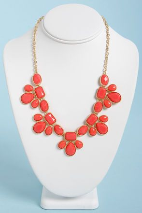 Check it out from Lulus.com! Teach your peers a thing or two about accessorizing with the glamorous Gem Class Coral Statement Necklace! Smooth and faceted coral enamel gems mingle together in golden settings as they dangle in clusters from a golden chain. Charms dangle 1.5