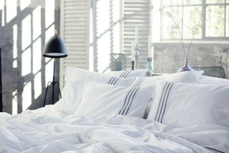 Sov sött i stilrent sänglinne signerat Carpe Diem Beds. En säng av hög kvalitet kräver ett matchande bäddlinne för att göra sömnupplevelsen fulländad. Det...