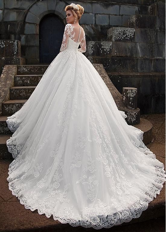 Magbridal Glamorous Tulle & Organza Bateau Neckline Ball Robe Marriage ceremony Gown With Lace Appliques & Removable Jacket