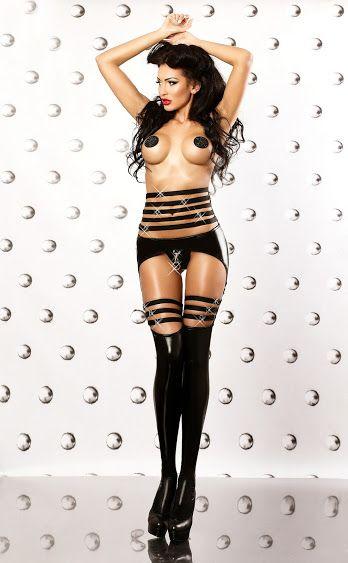 Sexy komplet bielizny - pas, stringi i pończochy NOWOŚĆ