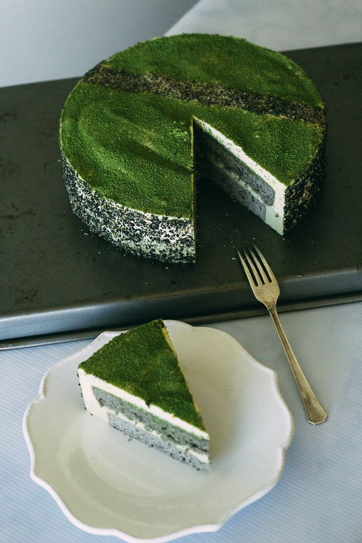 Black Sesame Matcha Mousse Cake | forktobelly