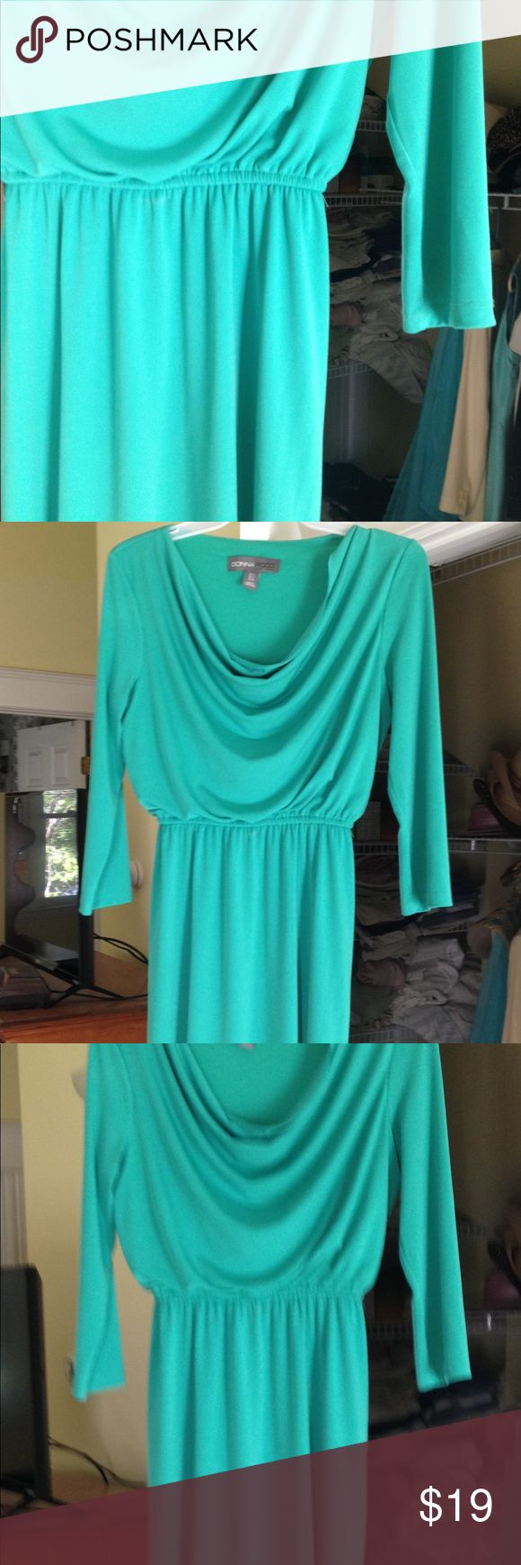 Donna Ricco NY long sleeved dress size 4 Cowl neckline long sleeved dress by Donna Ricco New York size 4. Silky flowing material. Elastic waistline. Donna Ricco Dresses Midi