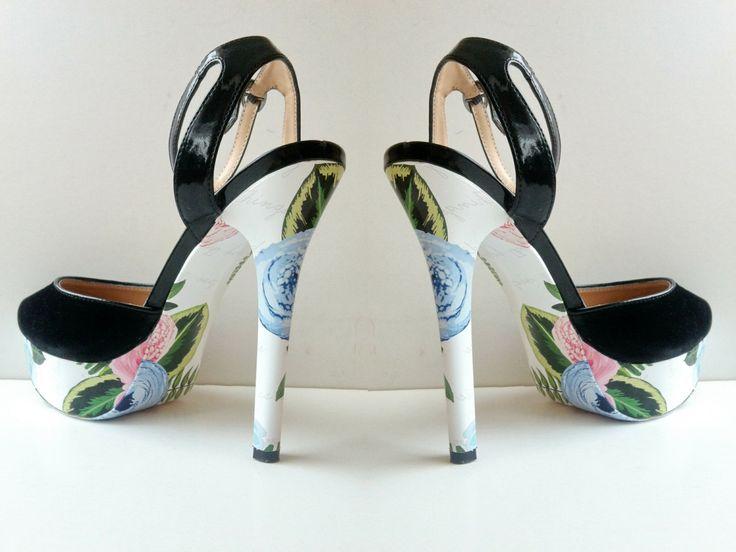 """""""Цветочный"""" дизайн для украшения ваших любимых туфель, чтобы быть ВИДНЕЕ! ВЫШЕ! МОДНЕЕ!  #стильноукоговидно #ипустьвсеоглядываются #стиль #мода #красота #туфли #каблуки #стильно #модно #обувь #карманпринт"""