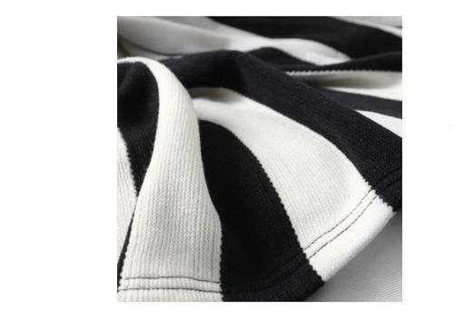 Product: 1 Ikea EIVOR Throw Rug in Black and White Stripe  Size: Length: 170 cm Width: 125 cm  Material: 100% acrylic  Care Instructions: Machine wash, warm 40°C. Do not bleach. Do not tumble dr…