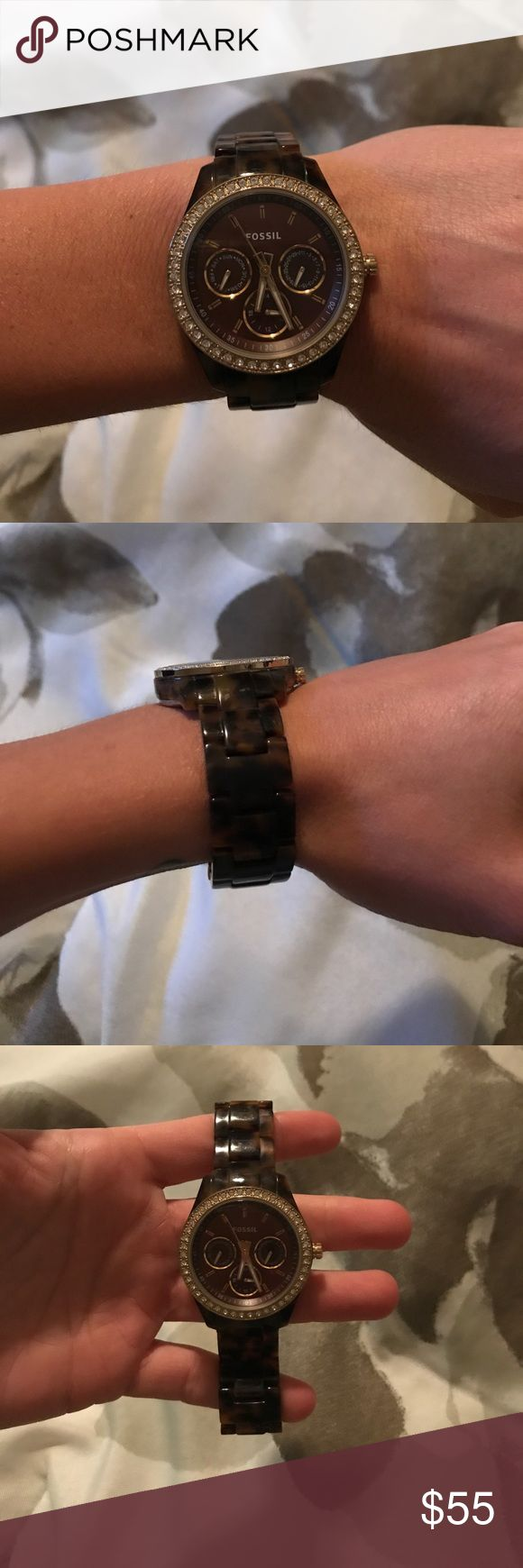 Fossil tortoise shell watch Excellent used condition fossil watch with tortoise shell design. Needs new battery. Fossil Accessories Watches