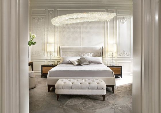 Rose by Manooi | Ceiling suspended chandeliers | Architonic #crystalchandelier #lightingdesign #interior #chandelier #coollamps #luxury #Manooi