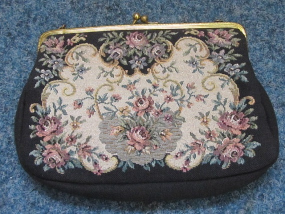 vintage gobelin purse
