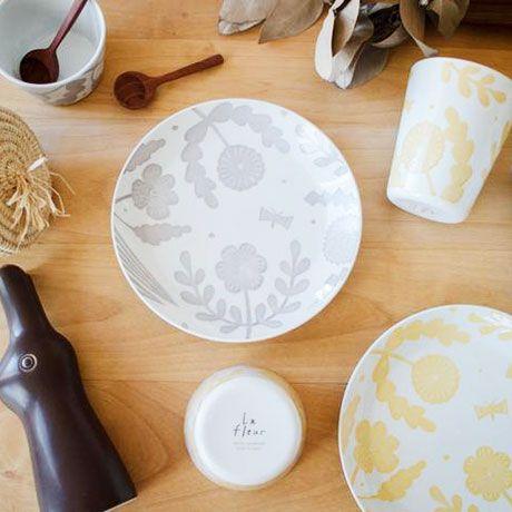 華やかに楽しく 鹿児島睦さんの器や雑貨が彩る食の風景