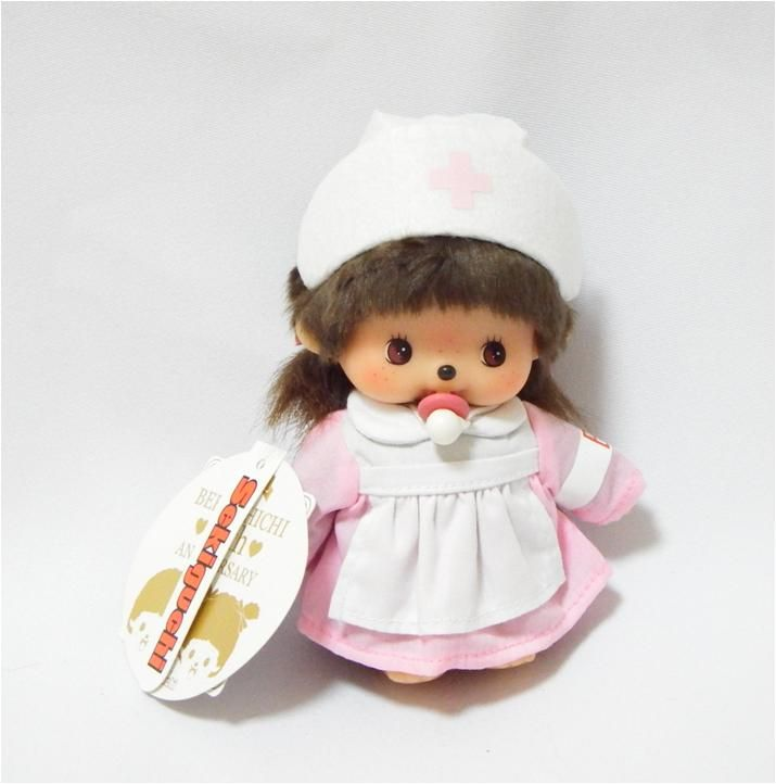 Bebichhichi 259298 - Bebichhichi Nurse. Authentic Bebichhichi doll from Sekiguchi. About 14cm. Suitable for child aged 6 years old and above. Ideal Birthday gift, Valentine's Day gift, Christmas gift, New Year gift, Children's Day gift and Housewarming gift! A favourite for Monchhichi & Bebichhichi doll collectors too!