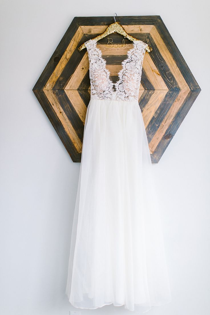 wedding dresses - photo by Redfield Photography http://ruffledblog.com/fun-wedding-celebration-at-brooklyn-winery