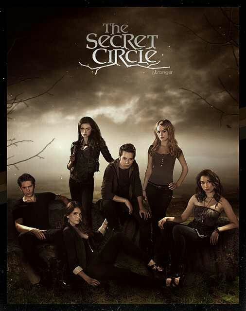 The Secret Circle -- I LOVE THIS SHOW SO MUCH I CAN'T EXPRESS IT WITH WORDS