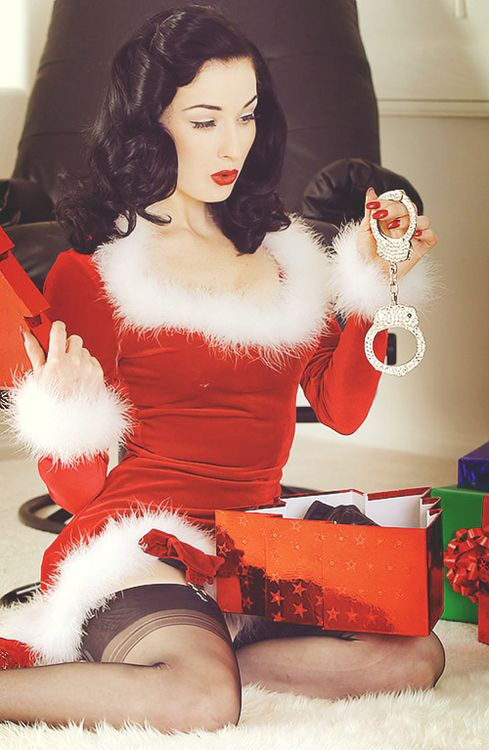 dropofdita: 25 Days of Dita -Day 25 | Merry Christmas!: