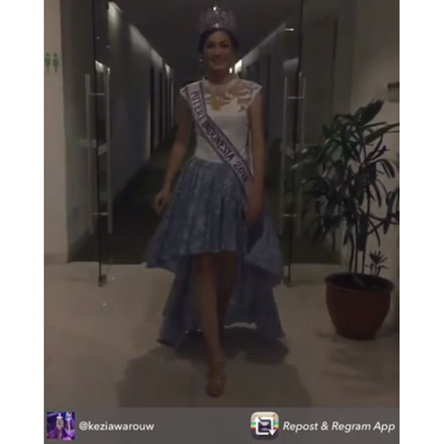 rakriz: A really big thank you to the beautiful Puteri Indonesia 2016 @keziawarouw @officialputeriindonesia and @angkasamega for supporting RAKRIZ HERITAGE  Repost from @keziawarouw - Thanks to @rakriz for @fashionfirstjkt untuk dress cantikku malam ini  @officialputeriindonesia  @angkasamega