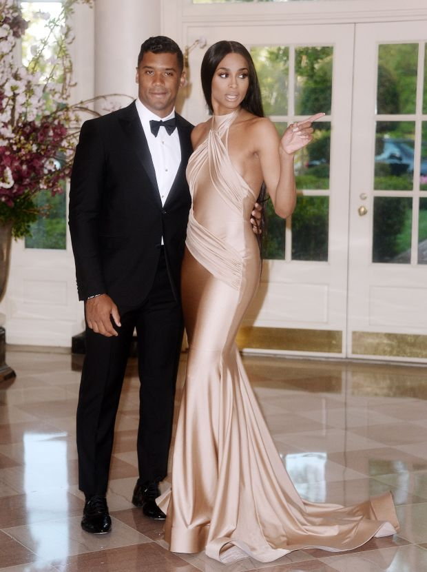 """""""Wait, Michelle wants to get in here."""" Photo: Ciara & Russell Wilson attended a state dinner at the White House in honor of Japanese Prime Minister Shinzo Abe and his wife, Akie Abe."""