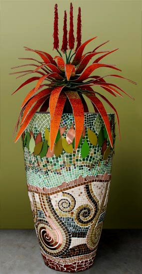 Mosaics - a wonderful way to display a plant, and beautiful art!