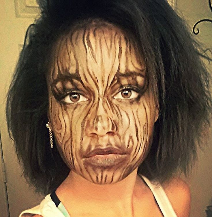 this make up tutorial shows the process of becoming a tree! like my mias cosplay page on facebook, for find it linked to my face book(tamiya metzler) the son...