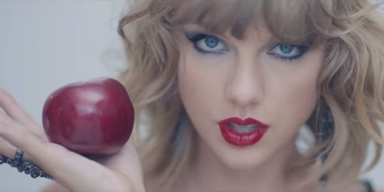 """You are a true Swiftie <3 I got 13 out of 16 on How Well Do You Know The Lyrics To Taylor Swift's """"1989""""?!"""