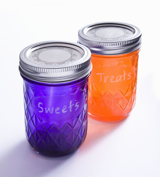 Make dyed mason jars that you can write on - with clear chalkboard paint - modpodgerocksblog.com