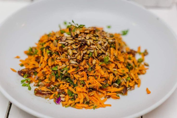 Are you hosting dinner at your place this weekend? Blow your guests away with this delicious Moroccan Carrot Salad, that will leave them all feeling satisfied and full of whole food goodness. This salad will ensure no one leaves feeling uncomfortable and bloated. Healthy food doesn't mean boring food! Get in the kitchen and make some nourishing goodness this weekend! Don't forget to join our private group and take the free online hormone profile assessment. Private HH group…