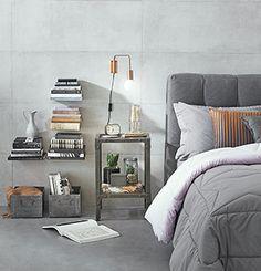 Veja como móveis e acessórios se combinam de maneiras diferentes para repaginar o cantinho ao lado da cama
