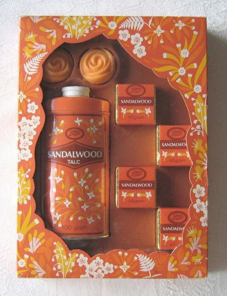 """Boots """"Sandalwood"""" vintage gift set, containing talc, bath cubes and soaps (c.1970s) (SOLD Nov. 2010) - www.vanishederas.com"""