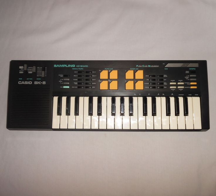 Casio SK-5 Sampling Keyboard Pulse Code Modulation Tested Works See Video #Casio