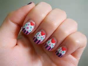 Cute cupcake nails.