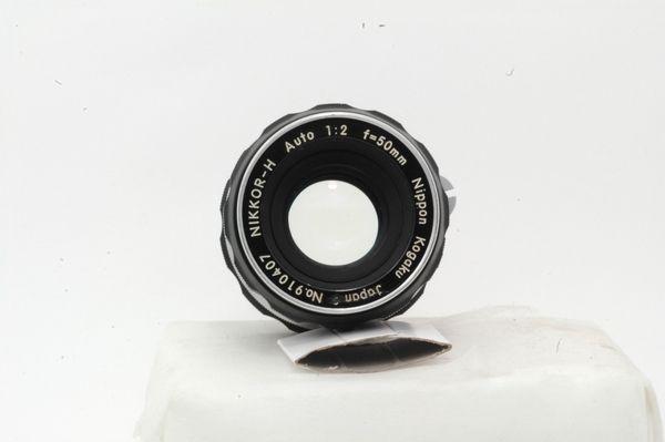 Lensa Manual Nikon Nikkor H auto 50 mm f/ 2.,.,.,Mulus Antik tahun 60an!!!