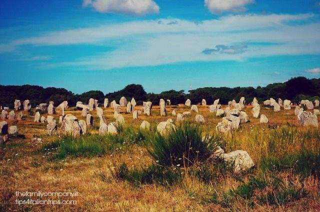 Bretagna con bambini: l'itinerario  Le pietre di Carnac  Brittany with kid on the road. This is the fascinating Carnac
